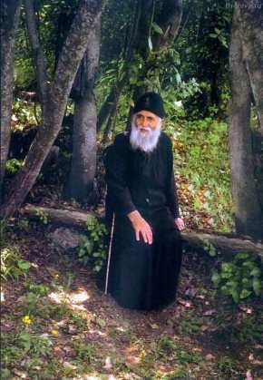 H ταινία από την Ρωσία για τη ζωή του Γέροντα Παΐσιου (βίντεο σταΕλληνικά)