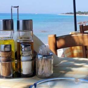 Απίστευτη απόφαση: Γιατί απαγορεύουν το λαδόξυδο από ταβέρνες καιεστιατόρια