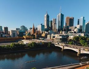 Μελβούρνη: Η καλύτερη πόλη να ζει κανείς ,#2 Βιέννη,3,Βανκούβερ 4,Τορόντο.