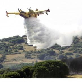 Μάχη με τις φλόγες στις ΜαριέςΖακύνθου