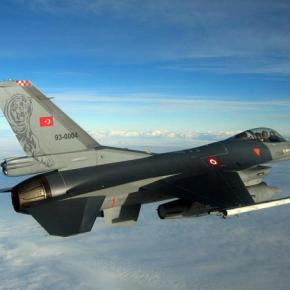 Τουρκικά F-16 «υπενθυμίζουν» τις επιδιώξεις της Άγκυρας στοΑιγαίο