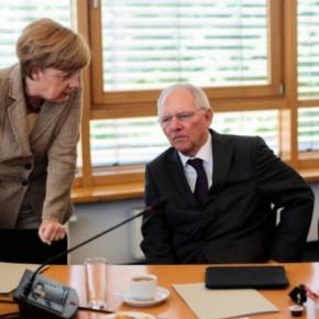 O Σόιμπλε δέχθηκε την προεδρία της Βουλής – Διάδοχος του ο Λίντνερ;  Ο Λίντνερ θεωρείται πιο «σκληρός» από τον Σόιμπλε όσον αφορά το ελληνικό ζήτημα και τα ζητήματα της ευρωπαϊκήςενοποίησης.