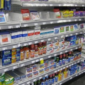 Φάρμακα στα σούπερ μάρκετ τονΔεκέμβριο