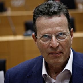 ΕΘΝΟΠΡΟΔΟΤΗΣ ο ΚΝΙΤΗΣ Κύρτσος! Ζήτησε από την Ευρωβουλή να «κόψει» τα Ελληνικά F-16! Ο ΕΘΝΟΠΡΟΔΟΤΗΣ ΒΟΥΛΕΥΤΗΣ ΤΟΥ ΚΥΡΙΑΚΟΥ ΜΗΤΣΟΤΑΚΗ ΠΡΟΣΠΑΘΕΙ ΝΑ ΤΟΡΠΙΛΙΣΕΙ ΤΟΝ ΕΚΣΥΓΧΡΟΝΙΣΜΟ ΤΗΣ ΕΘΝΙΚΗΣΑΜΥΝΑΣ
