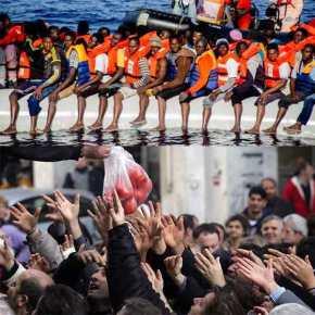 Πλωτά κέντρα προσφύγων προανήγγειλε ο Μπαλάφας για το ΑνατολικόΑιγαίο