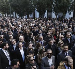 Αποκαλυψη.. Eξέγερση των Αστών με δεκάδες νεκρούς στην Αθήνα προβλέπει έκθεση μυστικής υπηρεσίας – Εκρηκτικό κοκτέηλ τα 150 δις κόκκινα δάνεια και το αμεταρρύθμιστοκράτος
