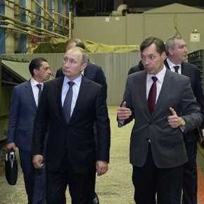 Τί φοβάται ο Β.Πούτιν; Κάλεσε την ρωσική αμυντική βιομηχανία να ετοιμαστεί γιαπόλεμο.