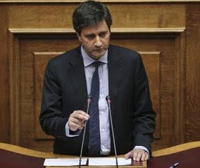 Γ. Χουλιαράκης: «Φορολογήσαμε συνειδητά τη μεσαίατάξη…»
