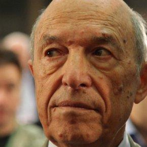 Ο Σπύρος Σημίτης αδερφός του πρώην πρωθυπουργού ήταν το «ταμείο» της κυβέρνησης το 1996-2004; (φωτό, βίντεο)