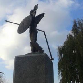Σκόπια: Άγνωστοι επιτέθηκαν κατά του αγάλματος του Αλεξάνδρου στονΠρίλεπ