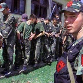Με ξυπόλητους Τυφεκιοφόρους μας απειλεί ο Έντι Ράμα… Ενώ Λιποτακτούν Αξιωματικοί και Οπλίτες του Αλβανικού Στρατού! (Αποκαλυπτικοί οι διάλογοιΥπουργών)