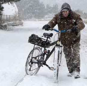 Χιόνια και κατακόρυφη πτώση της θερμοκρασίας από το μεσημέρι – Tι μαςπεριμένει