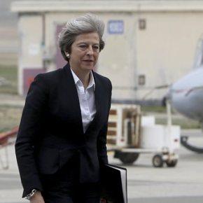 Στην Κύπρο η Τερέζα Μέι – Επισκέφθηκε τη βάσηΑκρωτηρίου
