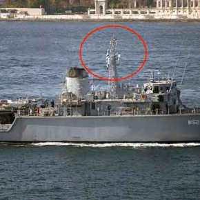 «Τσαμπούκ – Γκιαούρ» :Σιγά μην κατέβαζε τη Σημαία ο Κυβερνήτης του Ν/ΘΗ «M-62» …Και Μέσα στα Στενά!