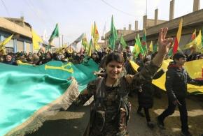 Οι Κούρδοι κηρύσσουν «γενική επιστράτευση» για να υπερασπιστούν τηνΑφρίν