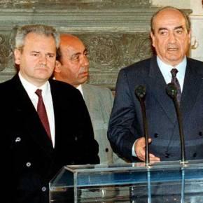 Όταν ο Σ.Μιλόσεβιτς πρότεινε στον Κ.Μητσοτάκη να ενωθεί η Γιουγκοσλαβία με την Ελλάδα και να «μοιράσουμε σταΣκόπια»
