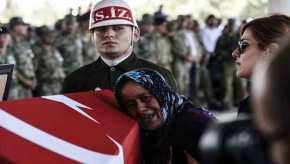 Οι Τούρκοι άρχισαν να παραλαμβάνουν τα πρώτα φέρετρα από το Αφρίν – Στην αντεπίθεση περνούν οιΚούρδοι