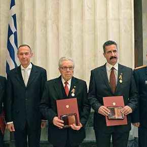 Μετάλλια τιμής σε τρεις Έλληνες από τη ρωσικήπρεσβεία