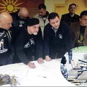 Σκοπιανοί παραστρατιωτικοί απειλούν με αιματοκύλισμα Ελληνες καιΑλβανούς