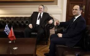 ΥΠΕΞ: Εποικοδομητική η συνάντηση με Νίμιτς και Ντιμιτρόφ -Εντείνονται οισυνομιλίες