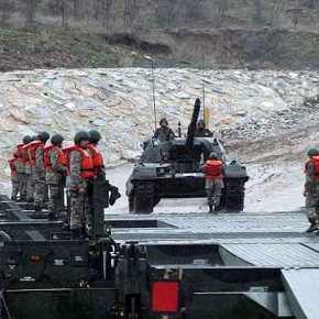 Εντονη πολεμική κινητικότητα των Τούρκων στον Εβρο: Βγήκε ο Στρατός εκτόςστρατοπέδων