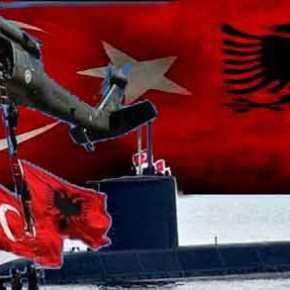 Επιχειρούν στρατηγική περικύκλωση της Ελλάδας: Τουρκικό υποβρύχιο στο Δυρράχιο και αλβανικό πολεμικό πλοίο στηνΣμύρνη
