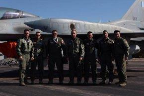 O Καμμένος βράβευσε τον Έλληνα Top Gun του ΝΑΤΟ Σμηναγό Βασίλειο Καλογερίδη –ΦΩΤΟ