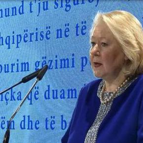 Πρέσβης της Ελλάδας στα Τίρανα κα. Σουρανή: «Ανοίξαμε τις πόρτες σε εκατοντάδες χιλιάδεςΑλβανούς»