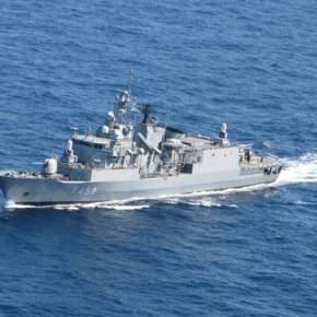 Στο λιμάνι του Πειραιά πολεμικά πλοία το τριήμερο της 25ηςΜαρτίου