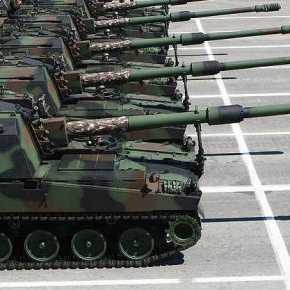 Ολοταχώς προς μετωπική σύγκρουση: Οι Τούρκοι μεταφέρουν αυτοκινούμενα πυροβόλα Firtina στα Κατεχόμενα – Στέλνουνενισχύσεις