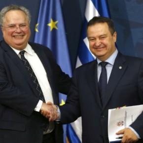 Με «όπλο» τον «ρεαλισμό» οι διαπραγματεύσεις Ελλάδας-ΠΓΔΜ