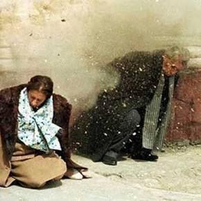 Συγκλονιστικές οι ομοιότητες μεταξύ Τσίπρα καιΤσαουσέσκου