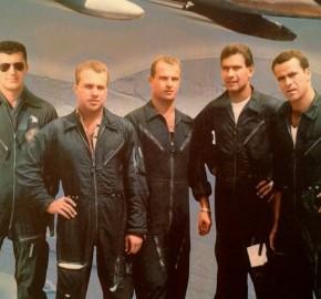 """Το """"Χρυσό Σμήνος"""" της Πολεμικής Αεροπορίας!Βίντεο"""