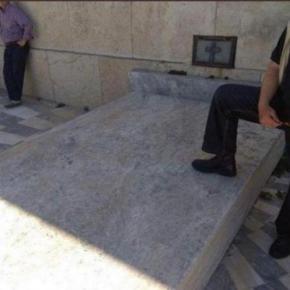 Σύλλογος Ευζώνων Προεδρικής Φρουράς: «Ατιμωτική» η συμπεριφορά του πολίτη που πάτησε στον ΑγνώστοΣτρατιώτη