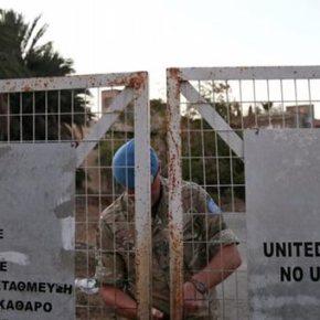 Spiegel: Στις Βρυξέλλες αμφισβητούν τα σχέδια της Αθήνας για τοπροσφυγικό