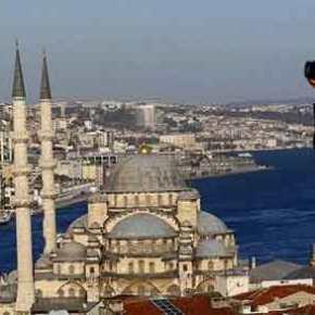 Πρωτοφανής «έκρηξη» του τουρκικού τουρισμού λόγω φτηνής λίρας ανακόπτει και… «περικόπτει» τον ελληνικότουρισμό!