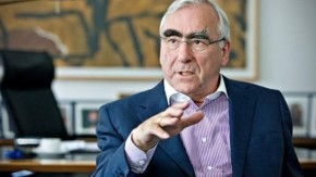 Γερμανός πρώην ΥΠΟΙΚ: Κανείς δεν ανάγκασε την Ελλάδα να ξοδεύει περισσότερα από όσαεισπράττει