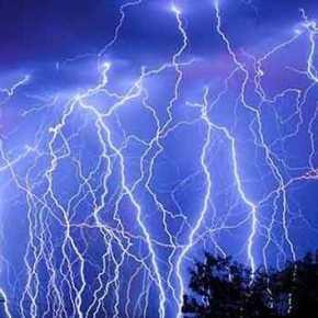 Επιδείνωση του καιρού με βροχές, καταιγίδες και χαλάζι μέχρι τηνΤρίτη!