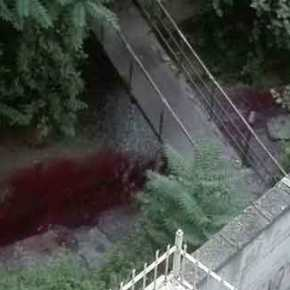 Ανεξήγητο φαινόμενο στη Θεσσαλονίκη – Ρέει κόκκινοποτάμι