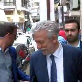 Εθνική οργή κατά Συριζαίων «Προδότες… αλήτες»: Γιούχαραν Κοντονή Τζάκρη έξω από το ΕιρηνοδικείοΓιαννιτσών