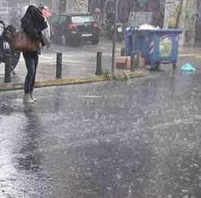Τι καλοκαίρι είναι αυτό; – Βροχές, καταιγίδες και πτώση της θερμοκρασίας – Θα χαθεί όπως το1816;