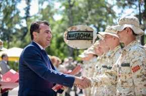 """Ξεφτίλισε την Κυβέρνηση Τσίπρα ο Ζάεφ: «Καλωσορίζω τον """"μακεδονικό στρατό"""" στοΝΑΤΟ»"""