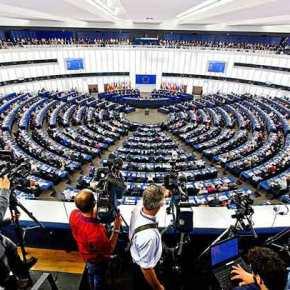 Υψηλοί τόνοι, μεταρρυθμίσεις και… Βαρουφάκης στη συζήτηση για την Ελλάδα στοΕυρωκοινοβούλιο
