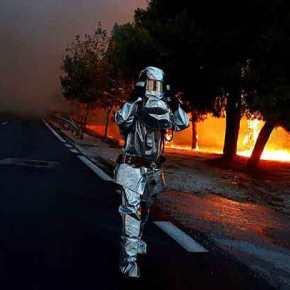 Δήμαρχος Ραφήνας: Τουλάχιστον 60 οι νεκροί – Αναζωπύρωση της πυρκαγιάς στην Κινέτα(Live)