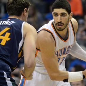 Τούρκος μπασκετμπολίστας του NBA μαζεύει χρήματα για τουςπληγέντες!