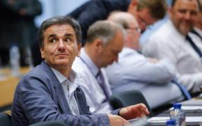 Τσακαλώτος: Υπερπλεόνασμα και μέρισμα στο τέλος του έτους.Σχολίασε ακόμη το θέμα των Σκοπίων και τη συμφωνία τωνΠρεσπών