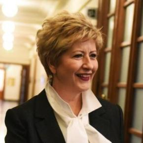 Ανασχηματισμός: Η Μάρια Κόλλια – Τσαρουχά είναι η νέα Υφυπουργός ΕθνικήςΆμυνας