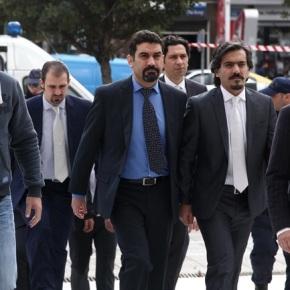 Ταξιδιωτικά έγγραφα στον τούρκο πιλότο της ομάδας των«8»