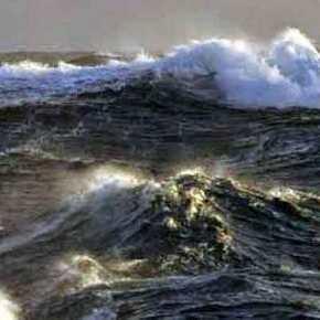 Επελαύνει ο «Ξενοφών»: Δεμένα τα πλοία στα λιμάνια – Κλειστά σχολεία στιςΚυκλάδες