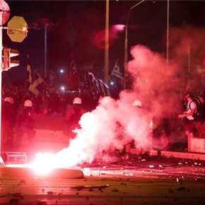 Εγκληματικές πράξεις κατά των Ελλήνων: Ρίψεις δακρυγόνων σε παιδάκια και εικόνες τηςΠαναγίας